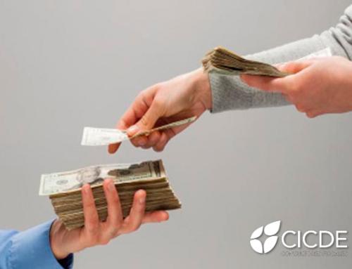 ¿Qué define el pago de intereses de salarios caídos?