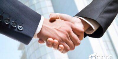 Contrato con proveedores