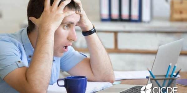 Requerimientos y multas por no actualizar tus datos ante el SAT.